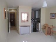 Studio apartment to rent in Sutton Court...