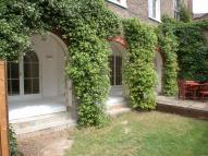 3 bedroom Flat to rent in Grove Lane, Camberwell...