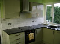 Flat to rent in Broadway, Offerton...