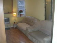 1 bedroom Flat to rent in Upton Park, Upton...