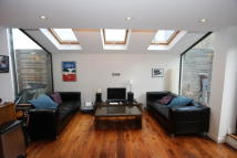 Ground Flat to rent in Tunstall Road, Brixton...
