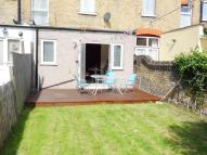 1 bed Ground Flat to rent in Alloa Road, Goodmayes...