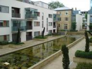 Apartment to rent in Carlton Drive, Putney...