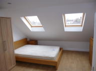 Studio flat to rent in The Greenway, Colindale...
