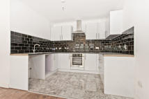 1 bed Apartment in Church Manorway...