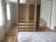 3 bed Maisonette in York Close, Horsham...
