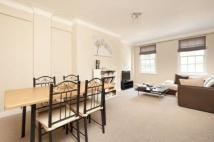 2 bedroom Flat in Eton College Road...