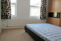 1 bedroom Flat in Station Lane...