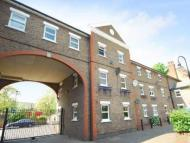 Ground Flat to rent in Salisbury Place...