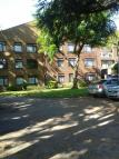 2 bedroom Ground Flat in The Mallow, Marsh Road...