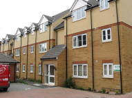 Ground Flat to rent in Pollards Way, Taunton...
