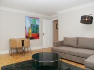 Enford Street Flat to rent