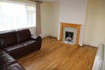 Ground Flat to rent in Horsenden Lane North...