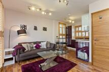 Flat to rent in Drummond Street, Euston...