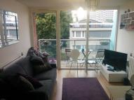 1 bed Flat to rent in Central Street...