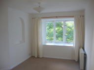 Penthouse to rent in Hillingdon Avenue...