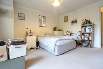 3 bed Flat in St. John Street...