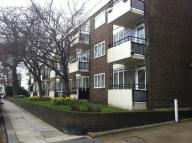 1 bedroom Ground Flat in Gloucester Walk...