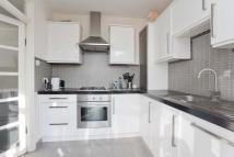 4 bedroom semi detached house in Colney Hatch Lane...