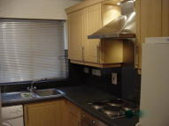 2 bed Flat to rent in Sheppard Drive...