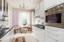 Maisonette to rent in Muswell Road...