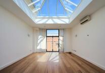 2 bedroom semi detached house in Plympton Street...