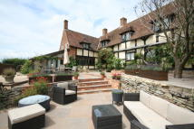 4 bedroom Detached property in The Leigh, Gloucester...