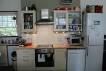 Studio apartment to rent in Eton Avenue...