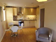 1 bedroom Flat in Cheney Manor Road...