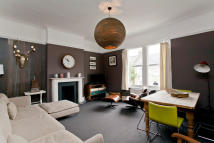 Flat to rent in Balham Park Road...