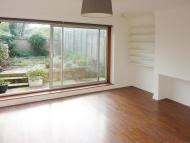 Terraced home to rent in Sellincourt Road...