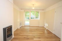 Apartment to rent in East Acton Lane, Acton...