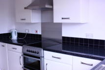 3 bed Terraced property to rent in Cotmore Close, Thame...