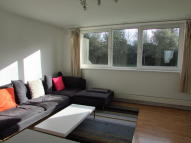 3 bed Flat to rent in Belmont Hill, Blackheath...