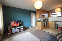 Apartment in Greenheath Road...
