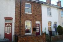 Terraced home to rent in York Road, Reading...