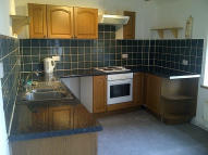 Flat to rent in Market Place, Deddington...