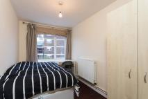 6 bed house to rent in Etwell Place, Surbiton...
