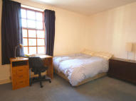 3 bed Terraced house to rent in Hungerford Street...