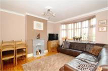 2 bed Ground Flat in Sydney Road...