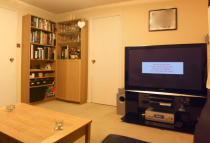 1 bed Flat to rent in Spring Grove, Mitcham...