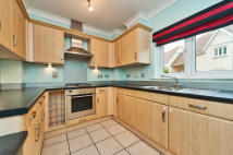 3 bed Terraced home in Wolage Drive, Grove...