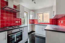 3 bed Detached house to rent in Walgrave Drive, Bradwell...