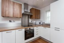 2 bedroom Flat to rent in Pinnata Close, Enfield...