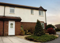 2 bed semi detached home in York Close, Petersfield...