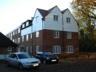 Flat to rent in Sollershott Hall...