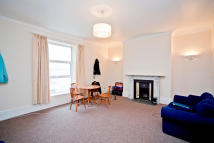 1 bed Flat to rent in Radnor Street, Greenbank...