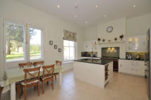10 bedroom Detached house to rent in Hinton House Drive...