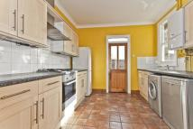 4 bed Terraced home to rent in Hamilton Road...