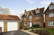 5 bedroom Detached property in Verne Close, Whiteley...